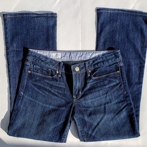 GAP 1969 Sexy Boot Jean's   Size 30/10r
